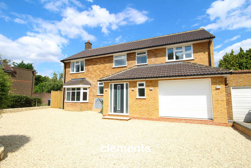 4 Bedrooms Detached House for sale in Leverstock Green Road, Hemel Hempstead