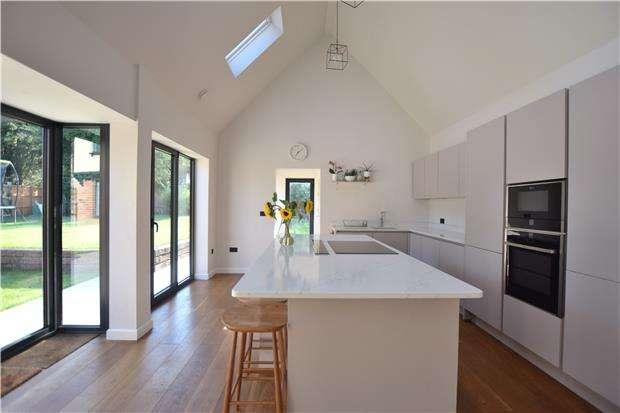 4 Bedrooms Detached House for sale in Cross Hands Cottage, Highnam, GLOUCESTER, GL2 8DF