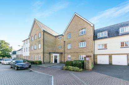 2 Bedrooms Flat for sale in Colchester, Essex, England