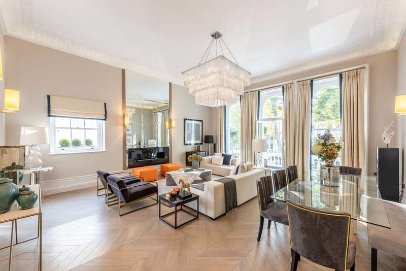 3 Bedrooms Maisonette Flat for rent in Cornwall Gardens, South Kensington, SW7