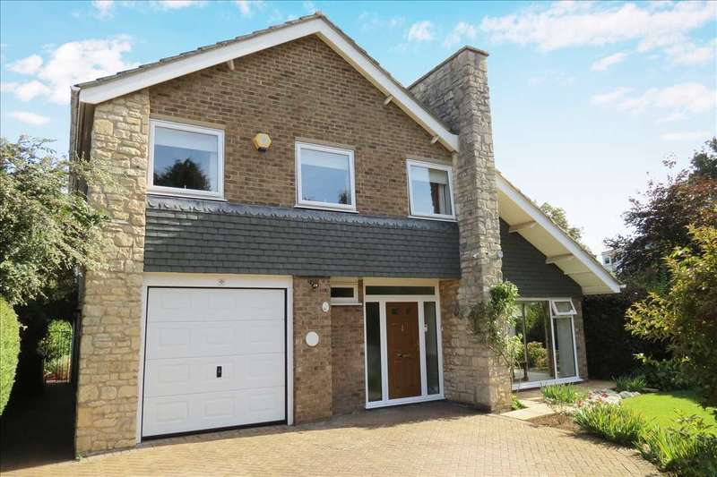 4 Bedrooms Detached House for sale in Ashdown House, 27 Wesley Close, Sleaford