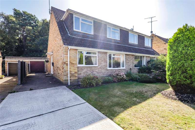 3 Bedrooms Semi Detached House for sale in Tudor Drive, Yateley, Hampshire, GU46