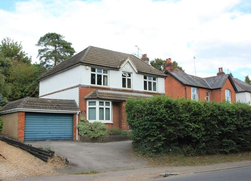 4 Bedrooms Detached House for sale in London Road, Chalfont St Giles, HP8