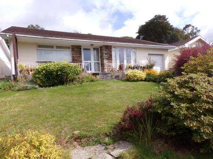 2 Bedrooms Bungalow for sale in Lostwithiel, Cornwall, .