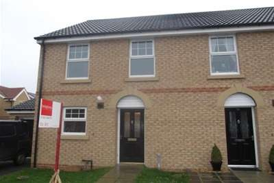 3 Bedrooms Semi Detached House for rent in Firthmoor Crescent, Eastbourne - Darlington