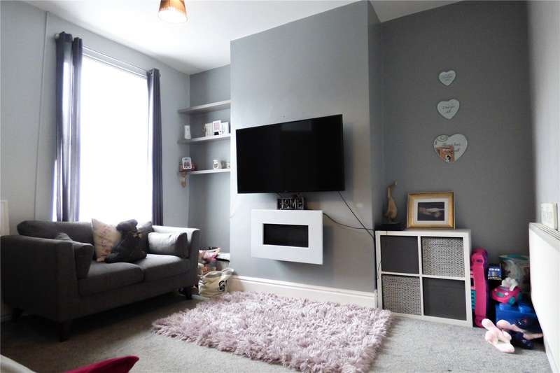 4 Bedrooms Terraced House for sale in Cranbrook Street, Ashton-under-Lyne, Greater Manchester, OL7