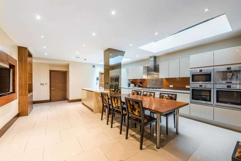 5 Bedrooms House for rent in Queensberry Place, South Kensington, SW7