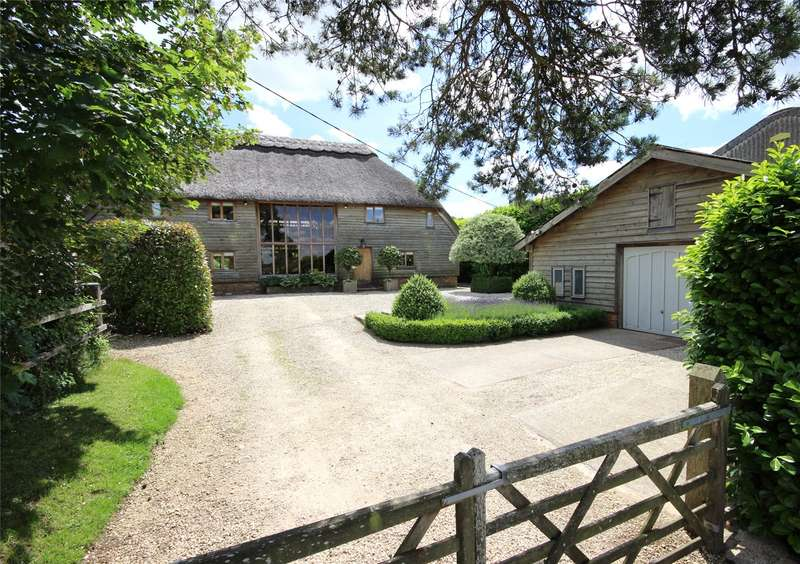 3 Bedrooms Detached House for sale in Laurel Farm, Lower Wield, Alresford, Hampshire, SO24