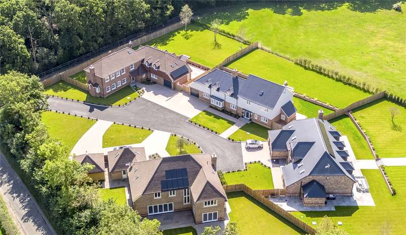 6 Bedrooms Detached House for sale in Honeypot Farm, Honeypot Lane, Edenbridge, Kent, TN8