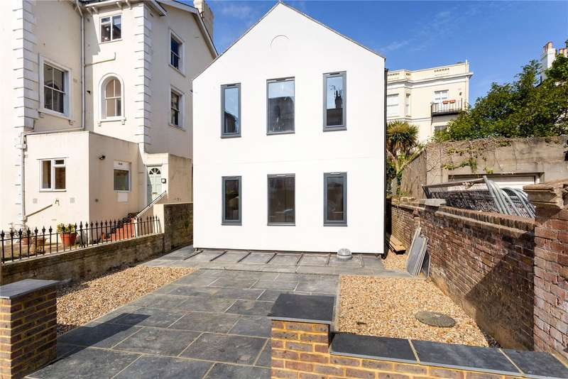 4 Bedrooms Detached House for sale in Albany Villas, Hove, East Sussex, BN3