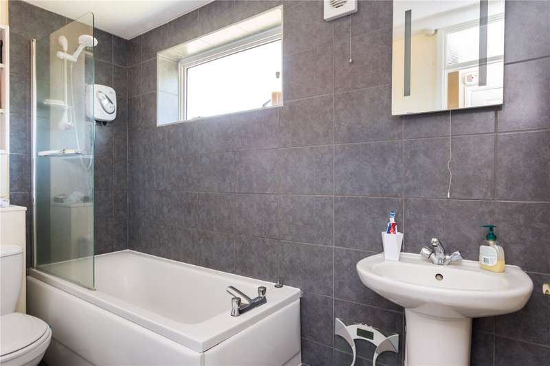 1 Bedroom Semi Detached House for sale in Appelford Close, Thatcham, Berkshire, RG19