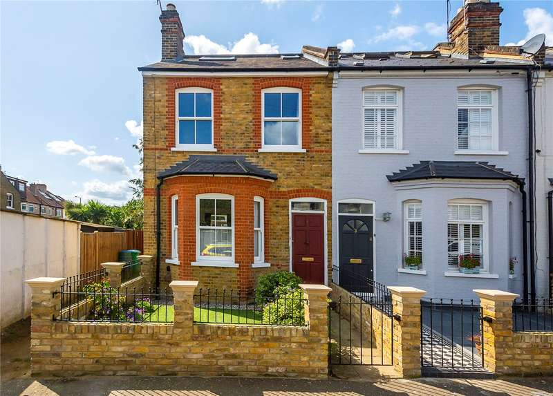 3 Bedrooms Mews House for sale in Arlington Road, Teddington, TW11