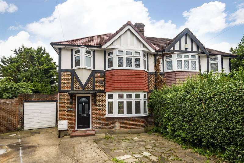 3 Bedrooms Semi Detached House for sale in St. Pauls Close, Hounslow, TW3