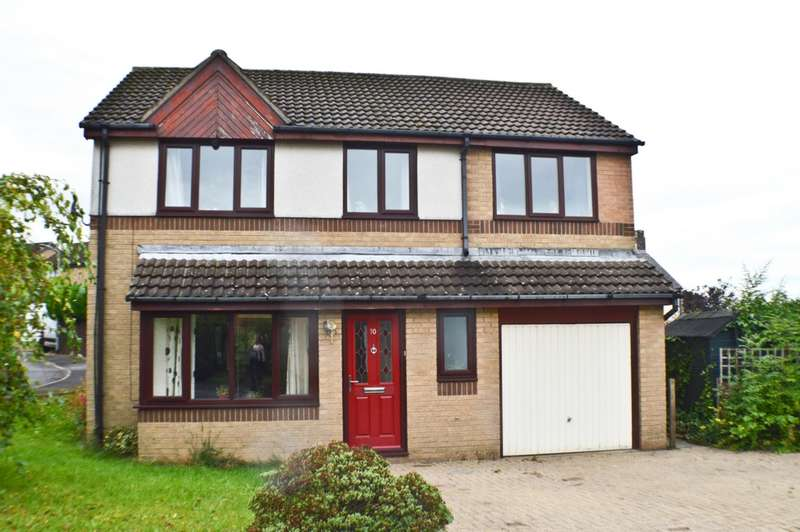 4 Bedrooms Detached House for sale in Broomwood Court, Prudhoe, NE42