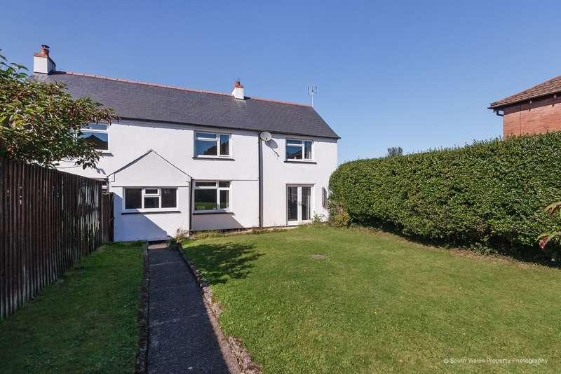 4 Bedrooms Detached House for sale in Waun Hir Cottages, Efail Isaf, CF38 1AS