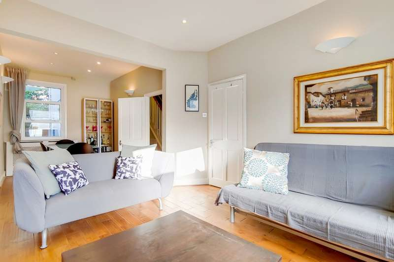 3 Bedrooms Terraced House for sale in Rucklidge Avenue, Willesden Junction NW10