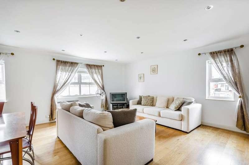 2 Bedrooms Flat for sale in Newton Street, Bloomsbury, WC2B