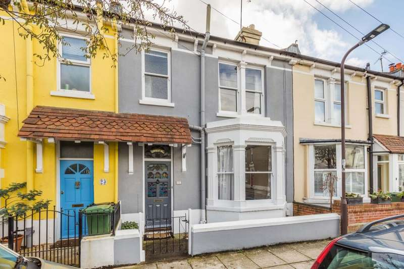 3 Bedrooms Terraced House for sale in Collins Road, Southsea, PO4