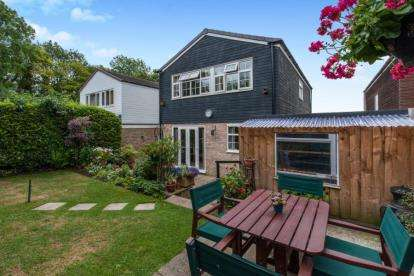 4 Bedrooms Detached House for sale in Haverhill, Suffolk