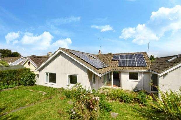 3 Bedrooms Detached Bungalow for sale in St. Bernards Close, Buckfast, Buckfastleigh, Devon