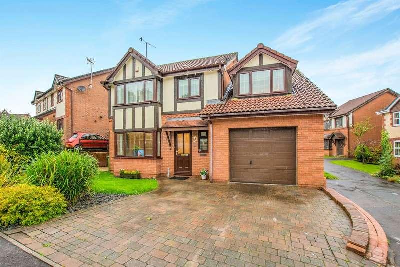 4 Bedrooms Detached House for sale in Juniper Crescent, Henllys, Cwmbran
