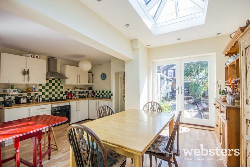 3 Bedrooms Terraced House for sale in Trinity Street, Norwich NR2
