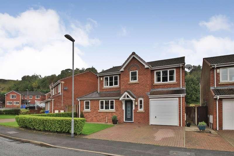4 Bedrooms Detached House for sale in Fellside Gardens, Shore, Littleborough, OL15 9LX