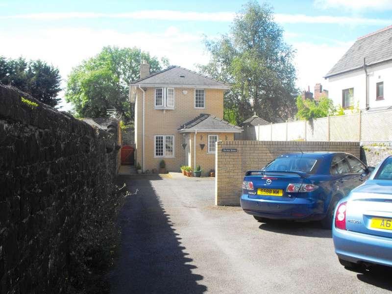 2 Bedrooms Detached House for sale in Derwen House, Spring Lane NP20