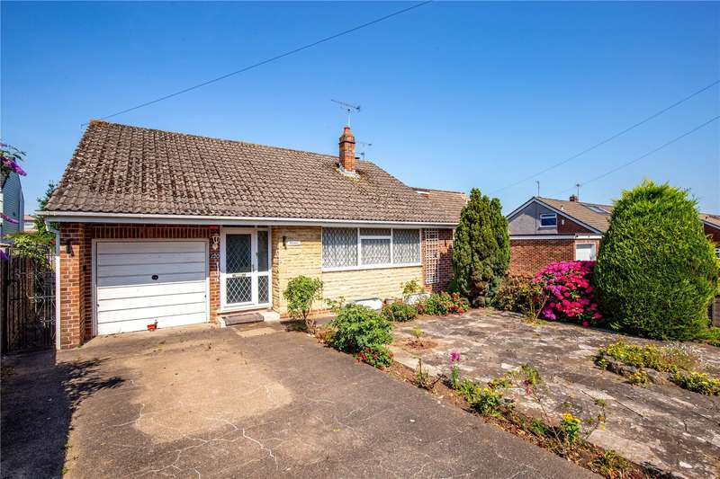 2 Bedrooms Bungalow for sale in Sutherland Avenue, Downend, Bristol BS16