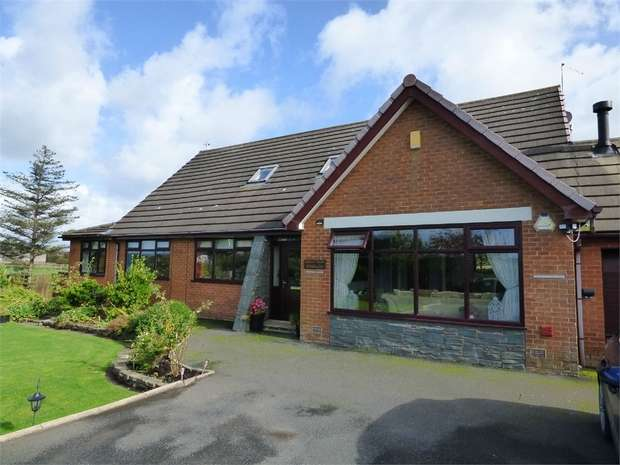 5 Bedrooms Detached House for sale in Carr Lane, Hambleton, Poulton-le-Fylde, Lancashire
