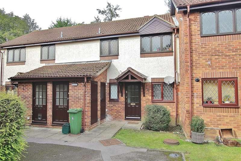 1 Bedroom Apartment Flat for sale in Birchwood Drive, Lightwater, Surrey, GU18