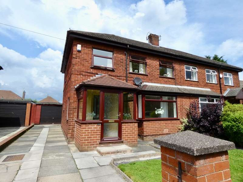 3 Bedrooms Semi Detached House for sale in Connaught Drive, Newton-le-Willows, Merseyside, WA12