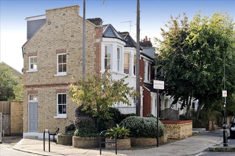 2 Bedrooms Maisonette Flat for sale in Greenside Road, Shepherd's Bush W12