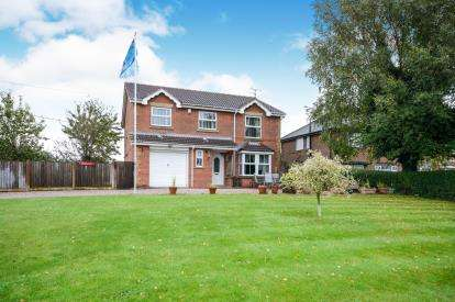 5 Bedrooms Detached House for sale in Stubbins Wood, Langwith Junction, Mansfield, Derbyshire