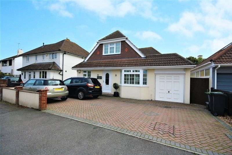 4 Bedrooms Property for sale in St. Margarets Avenue, Christchurch