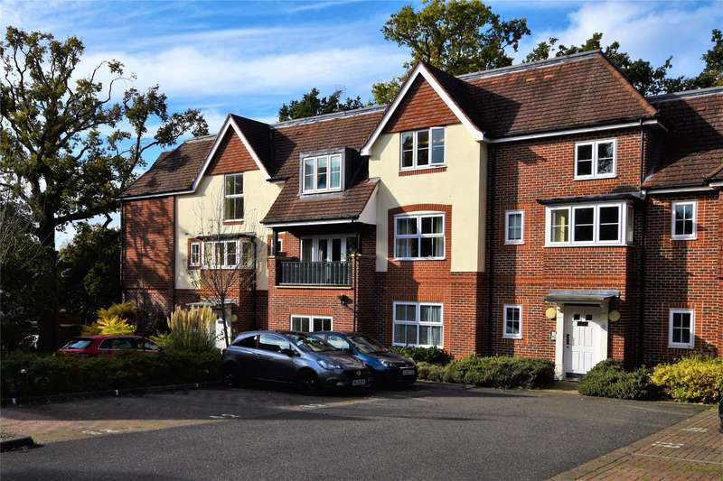 2 Bedrooms Apartment Flat for sale in St Catherines Wood, Camberley, Surrey, GU15