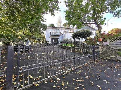 3 Bedrooms Bungalow for sale in St Austell, Cornwall