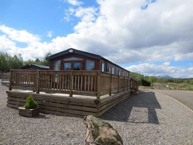 2 Bedrooms Lodge Character Property for sale in Lodge 12, Lochness Lodge Retreat