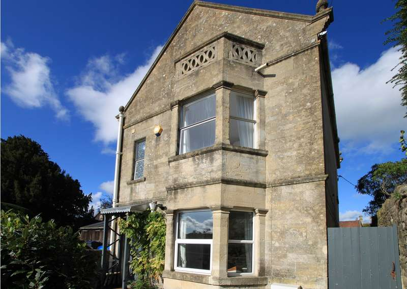 4 Bedrooms House for sale in Winsley, Bradford-on-Avon, BA15
