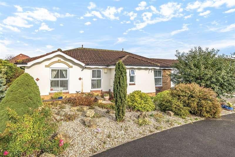 3 Bedrooms Detached House for sale in Moorfield Way, Wilberfoss, York, YO41 5PN