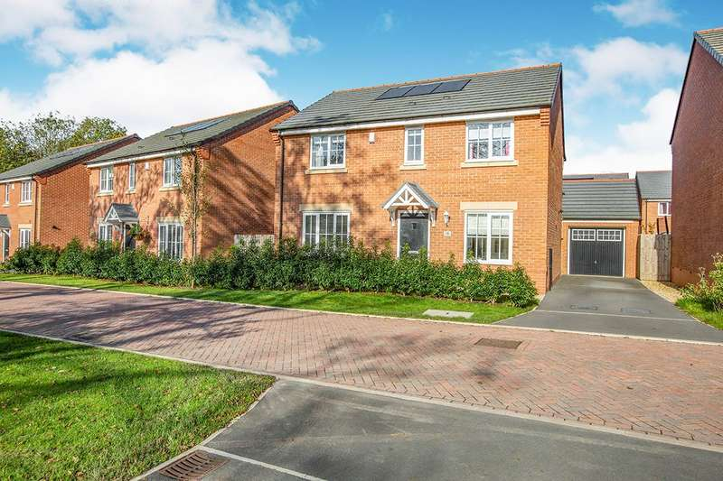 4 Bedrooms Detached House for sale in Leighfield Close, Leyland, Lancashire, PR25