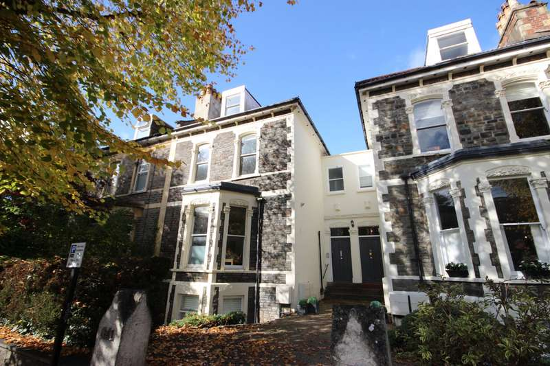 3 Bedrooms Maisonette Flat for sale in Abbotsford Road, Redland, Bristol BS6
