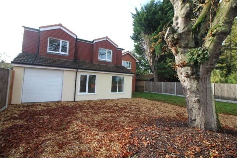 4 Bedrooms Detached House for sale in Crescent Avenue, FORMBY, Liverpool, Merseyside