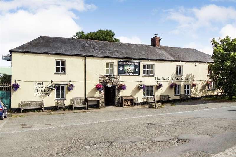 9 Bedrooms Detached House for sale in The Devil's Stone Inn, Shebbear, Beaworthy