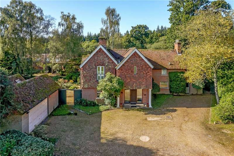 4 Bedrooms Equestrian Facility Character Property for sale in Minstead, Lyndhurst, Hampshire, SO43