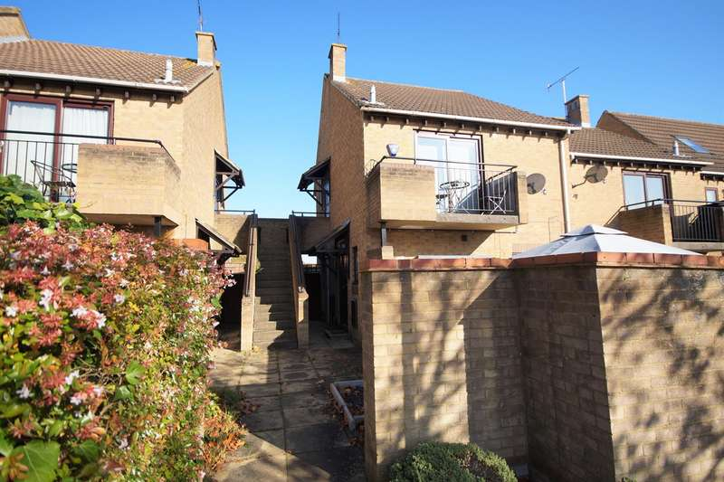 1 Bedroom Maisonette Flat for sale in Maiden Place, Lower Earley, Reading, RG6
