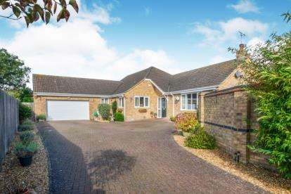 4 Bedrooms Detached House for sale in Little Downham, Ely