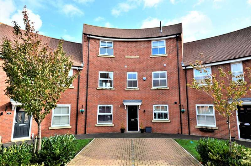 4 Bedrooms House for sale in Bell Hill Close, Billericay
