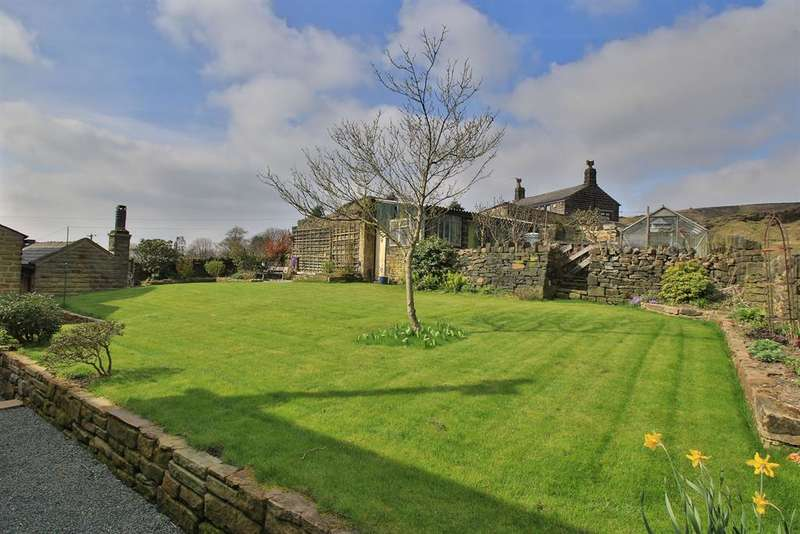 3 Bedrooms Cottage House for sale in Smithy Nook, Littleborough, OL15 9NF