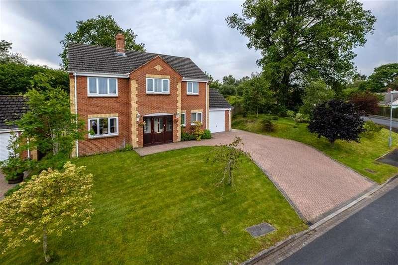 4 Bedrooms Detached House for sale in Oaktree View, Crossgates, Llandrindod Wells, LD1 6HN